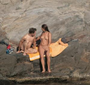 Nude-Beach-Voyeur-Spy-%28x26%29-a6pveiu4xk.jpg