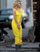 Elizabeth Banks - on the set of Walk Of Shame in Los Angeles 01/16/13