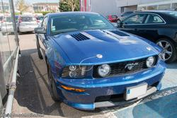 th_014244237_Ford_Mustang_GT_1_122_41lo