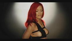 http://img131.imagevenue.com/loc518/th_063137181_Rihanna_TurnUpTheLight3.avi_snapshot_00.20_2011.08.23_04.30.45_122_518lo.jpg